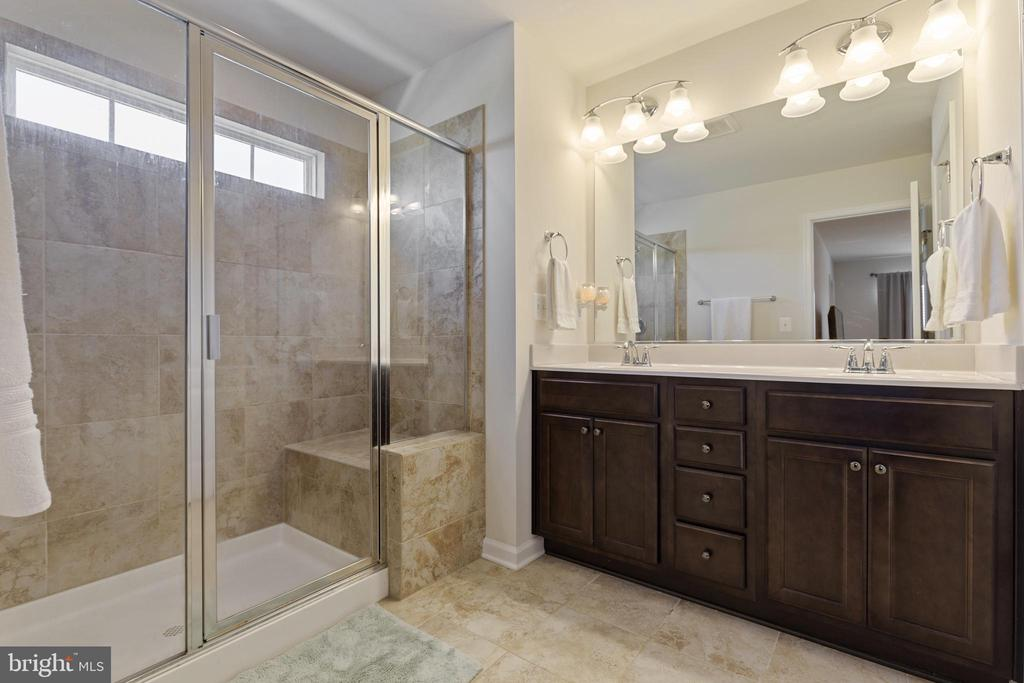 MBA has Dual Sink Vanity and Oversize Shower - 450 EMBREY MILL RD, STAFFORD
