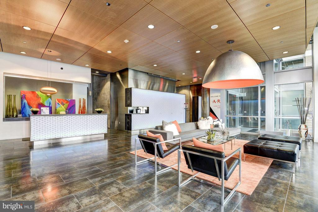Lobby and Concierge Front Desk - 3409 WILSON BLVD #504, ARLINGTON