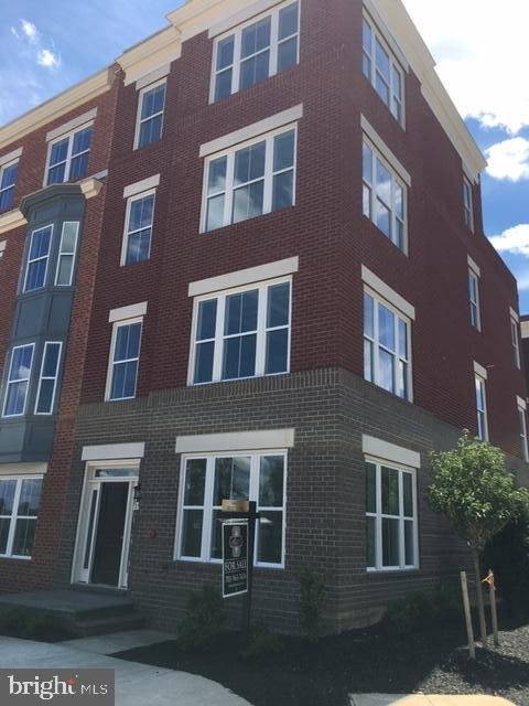 Single Family Homes 為 出售 在 Merrifield, 弗吉尼亞州 22116 美國