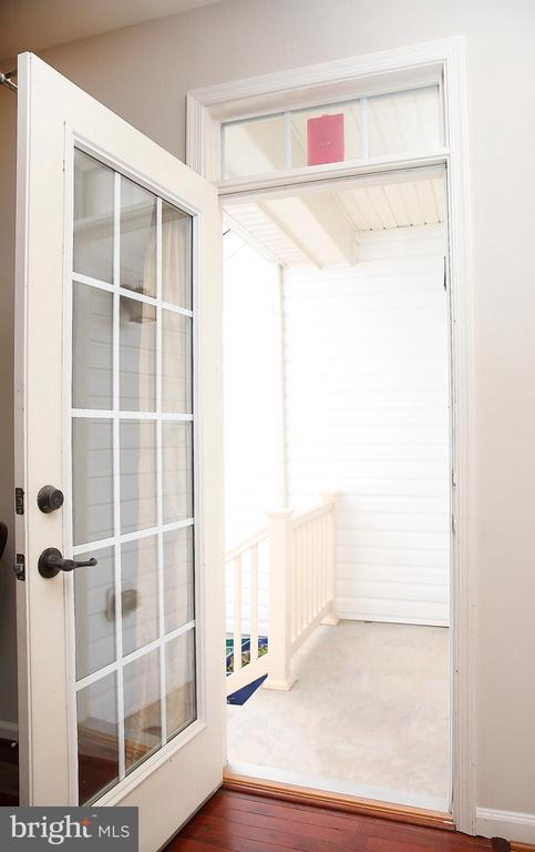 Back Door with Porch - 25928 KIMBERLY ROSE DR, CHANTILLY
