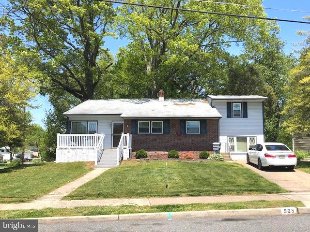 Single Family Homes 为 销售 在 Magnolia, 新泽西州 08049 美国