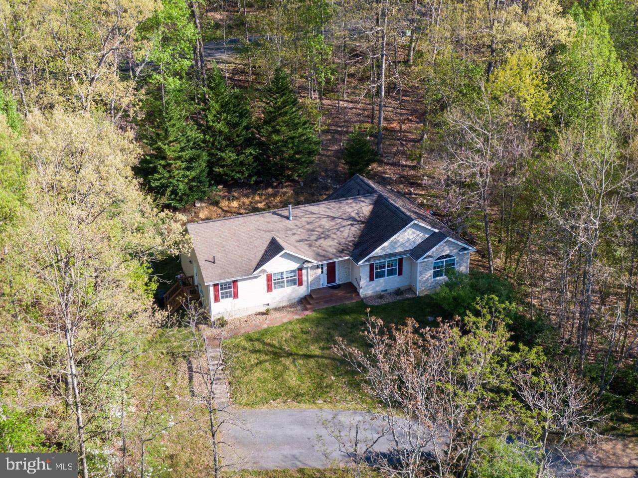 Single Family Homes 為 出售 在 Mc Gaheysville, 弗吉尼亞州 22840 美國