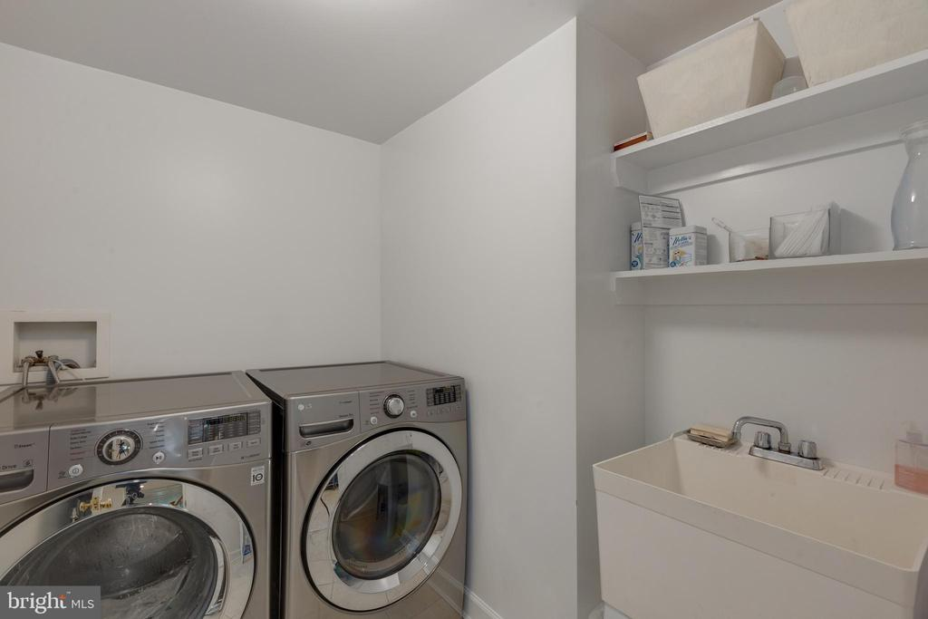 Front loading New Washer/Dryer - 6234 22ND RD N, ARLINGTON