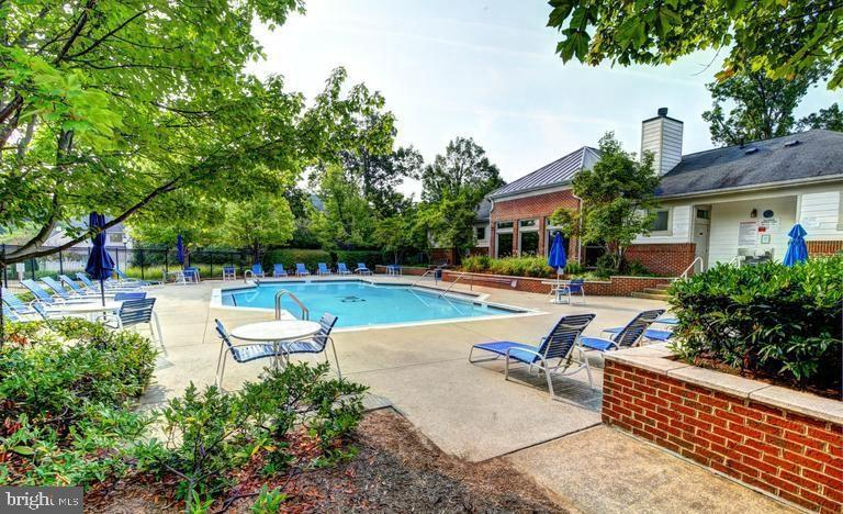 Community Pool - 1720 LAKE SHORE CREST DR #34, RESTON