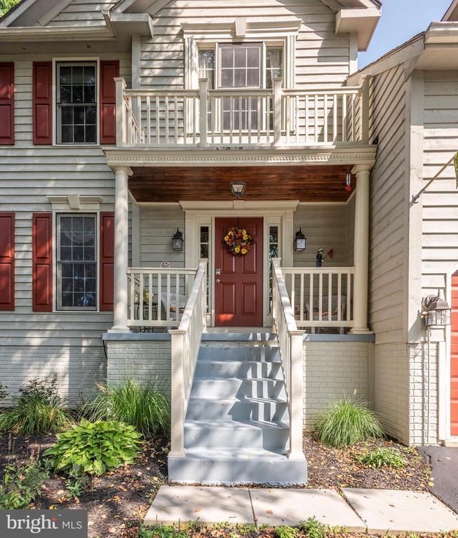 Front Door - 10406 FARMVIEW CT, NEW MARKET