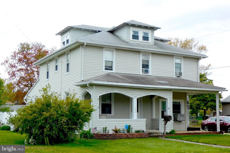 Single Family Homes 为 销售 在 Riverside, 新泽西州 08075 美国