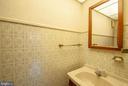 master bedroom has attached half bath - 449 POPLAR LN, ANNAPOLIS