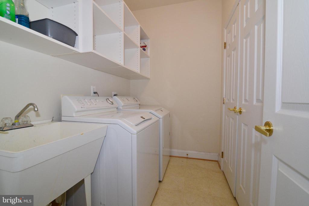 Laundry room - 6507 BOX ELDER LOOP, GAINESVILLE