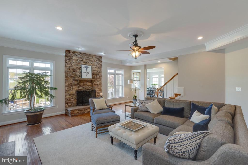 Open Family Room-Wood Burning Fireplace - 16329 LIMESTONE CT, LEESBURG