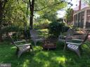Large fenced yard for outdoor games & basketball - 1065 PALMER PL, ALEXANDRIA