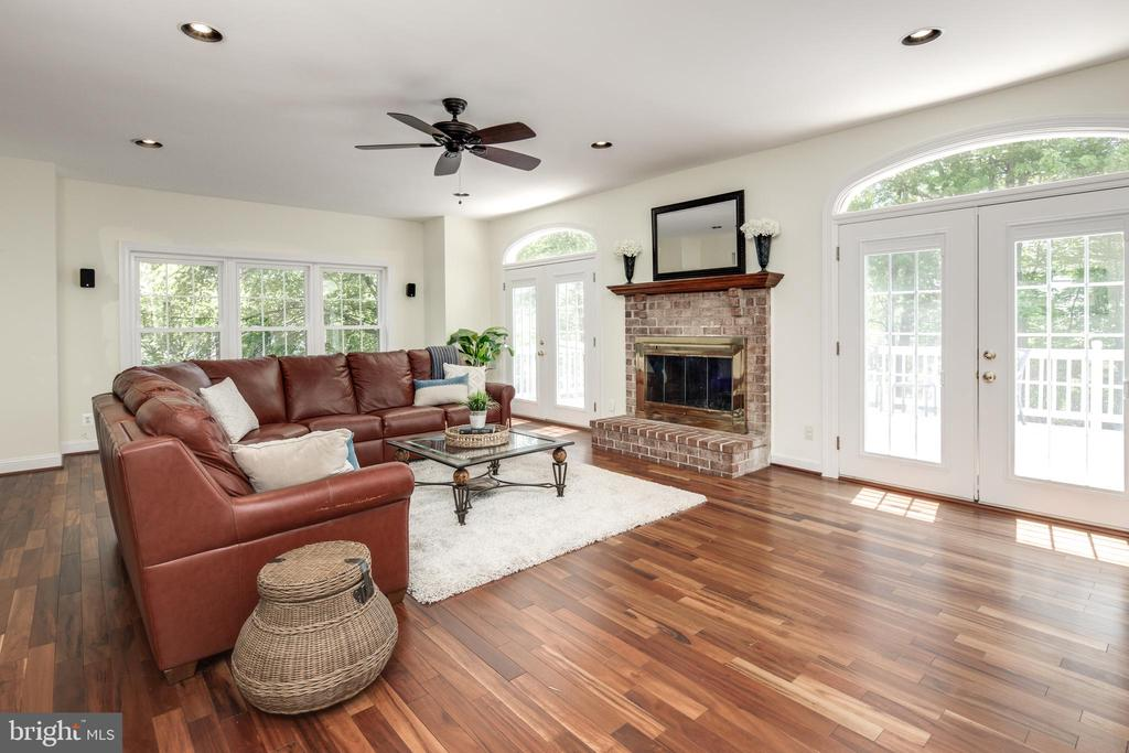 Truly a Great Room with French Doors to Deck. - 9459 DERAMUS FARM CT, VIENNA