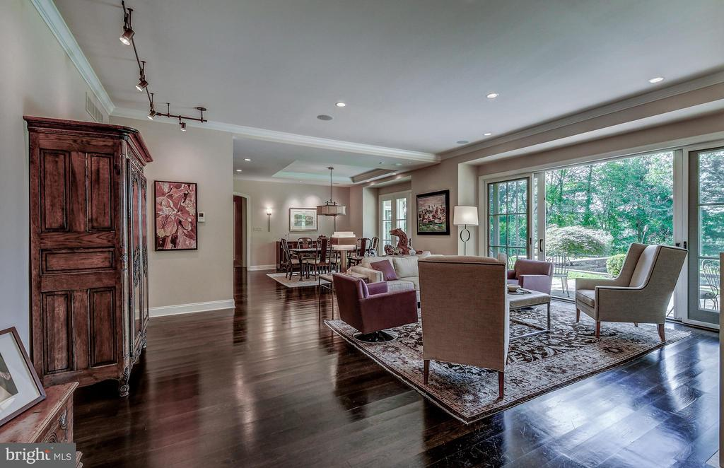 Openess - 28 CAVESWOOD LN, OWINGS MILLS