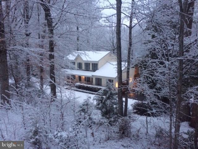 Winter wonderland! - 325 SANDY RIDGE RD, FREDERICKSBURG