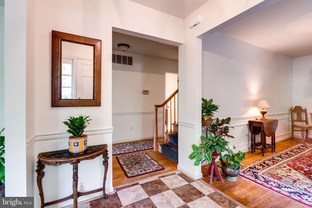 Open foyer~right-Dining Rm and left-Living Rm - 3634 CAMELOT DR, ANNANDALE