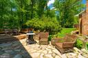 Side Yard - 3634 CAMELOT DR, ANNANDALE