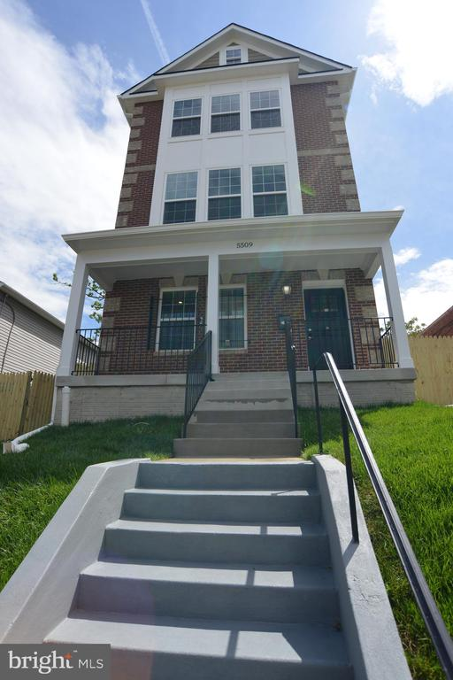 Fabulous New Home in Marshall Heights Welcomes YOU - 5509 C ST SE, WASHINGTON