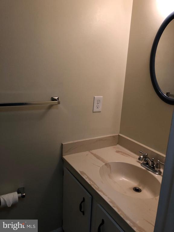 Half Bath First Floor - 18732 GINGER CT, GERMANTOWN