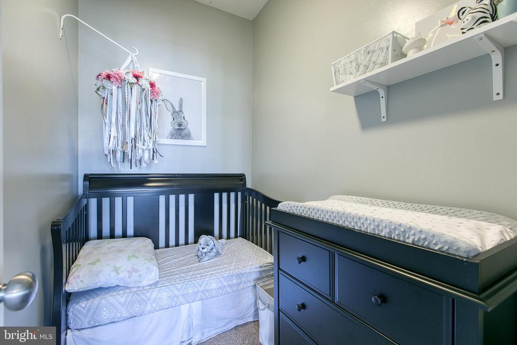 Nursery/walk-in closet - 214 WOODSTREAM BLVD, STAFFORD