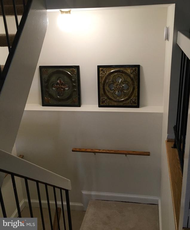 Stairs to basement - 18400 STONE HOLLOW DR, GERMANTOWN