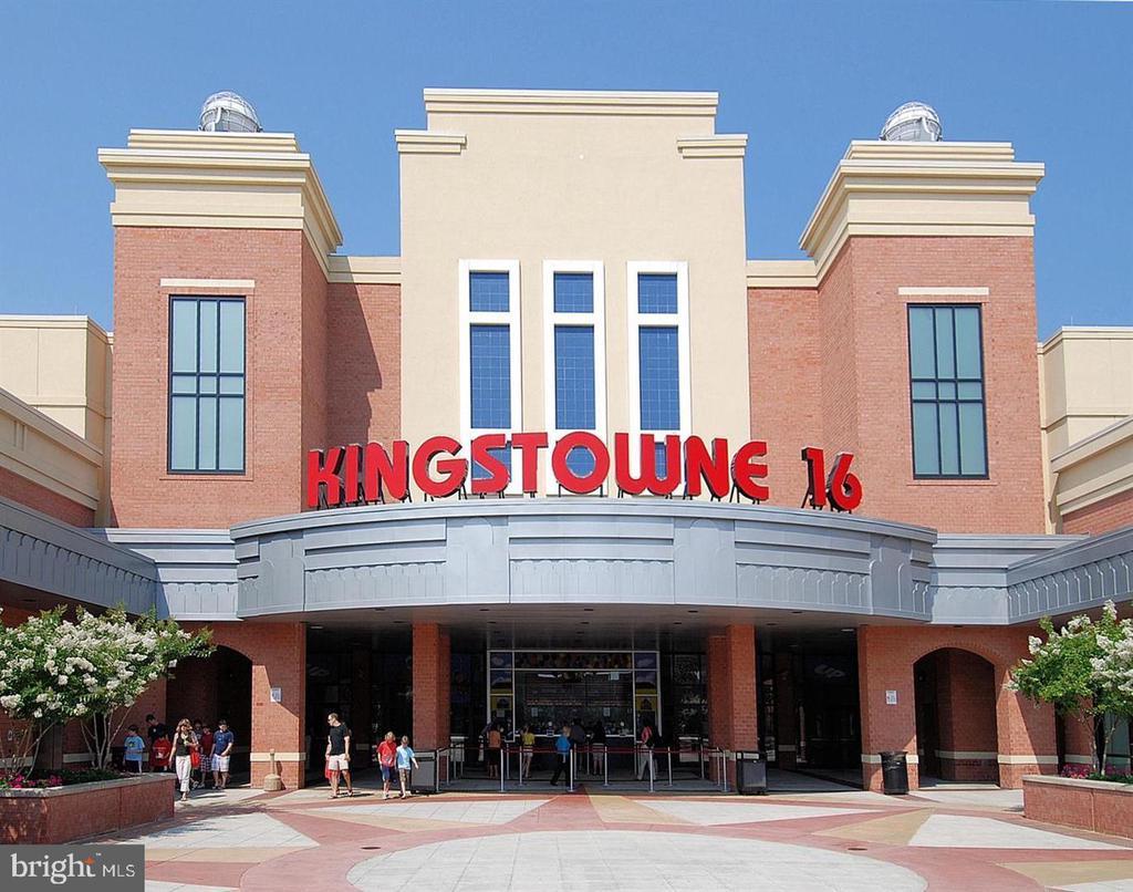 Kingstowne Town Center- 2 miles away! - 7459 CROSS GATE LN, ALEXANDRIA
