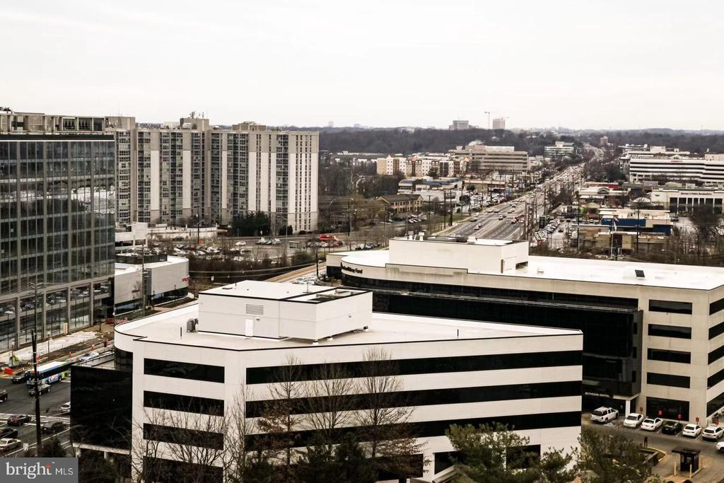 View from the Balcony - 11710 OLD GEORGETOWN ROAD #1521, NORTH BETHESDA