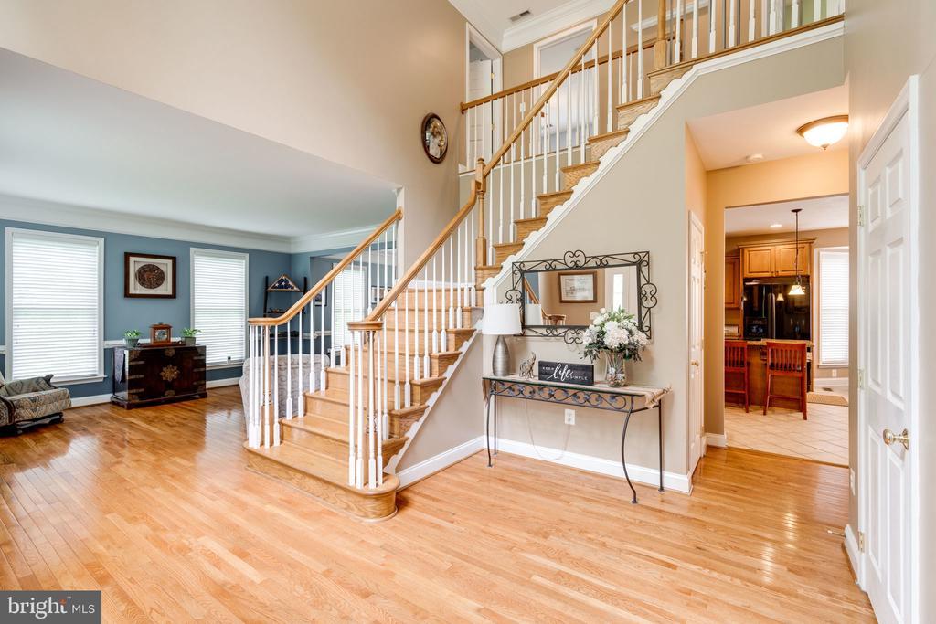 Gorgeous hardwood floors - 204 SAIL CV, STAFFORD