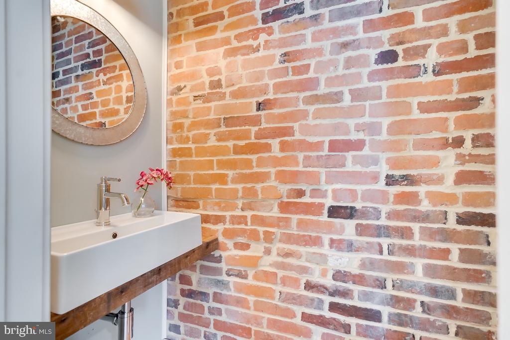 First Floor half bath with exposed brick - 517 13TH ST NE, WASHINGTON