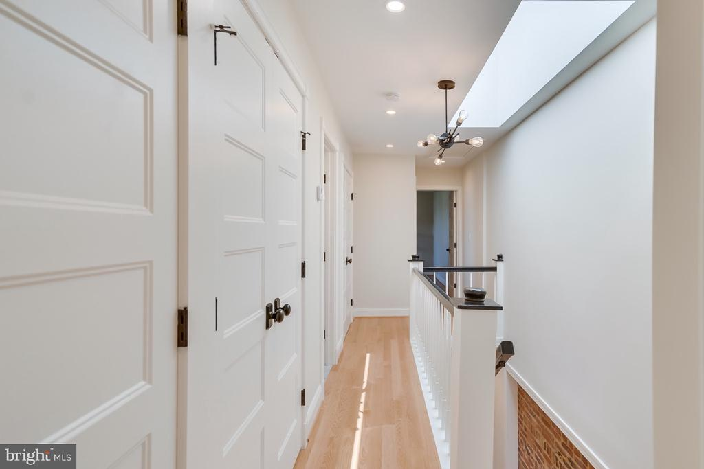 Extra large storage closet and access to the roof - 517 13TH ST NE, WASHINGTON