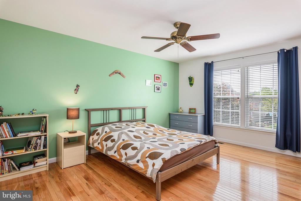 bedroom 1 - 20436 RIVER BANK ST, STERLING