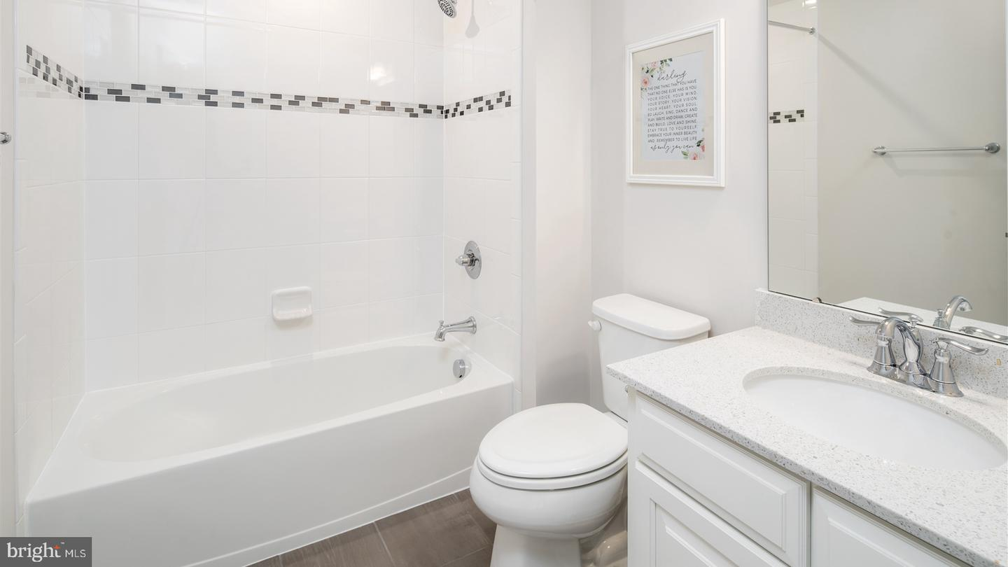 Additional photo for property listing at  Allentown, 新泽西州 08501 美国