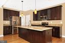 Gourmet kitchen - 6430 LAKERIDGE DR, NEW MARKET