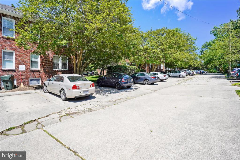 Off Street Parking - 1707 DEWITT AVE #A, ALEXANDRIA