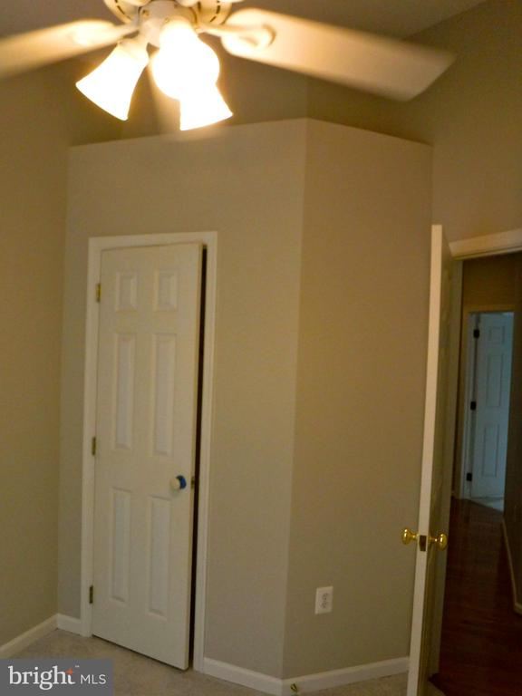 Bedroom #3, vaulted ceiling & storage over closet - 12062 ETTA PL, BRISTOW