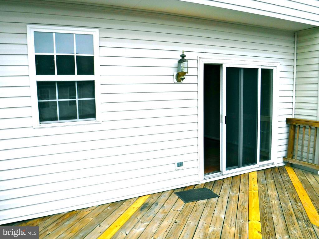 Deck (234 sf) - 12062 ETTA PL, BRISTOW