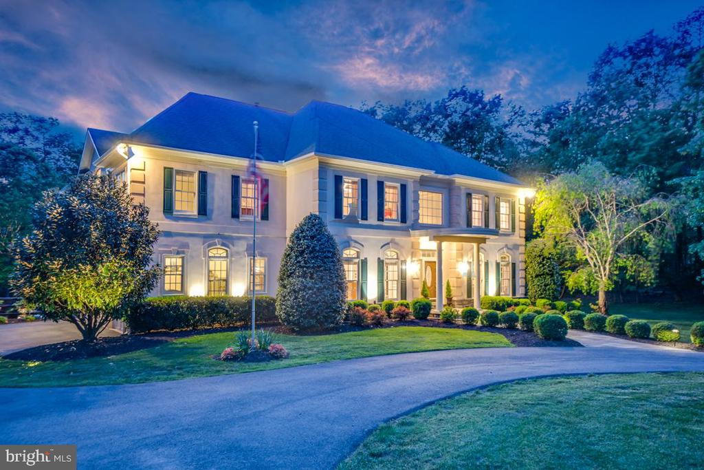 Magnificent home shows beautifully at night - 5400 LIGHTNING DR, HAYMARKET