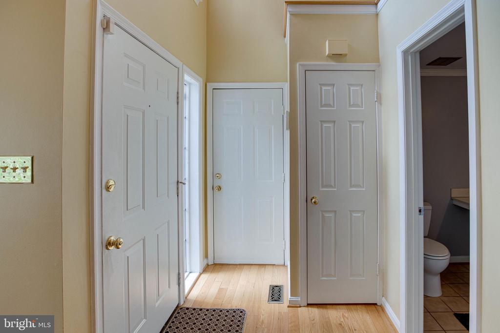 Inviting Entrance with Gleaming Hardwood Floors - 1542 DEER POINT WAY, RESTON