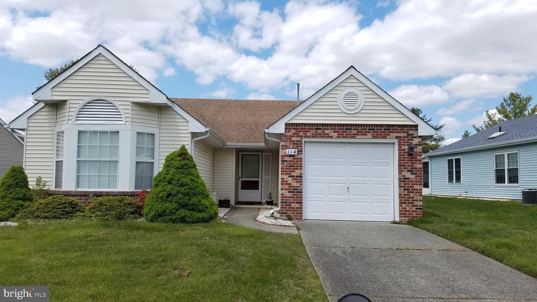 Single Family Homes por un Venta en 114 MOHICAN Lane Tuckerton, Nueva Jersey 08087 Estados Unidos