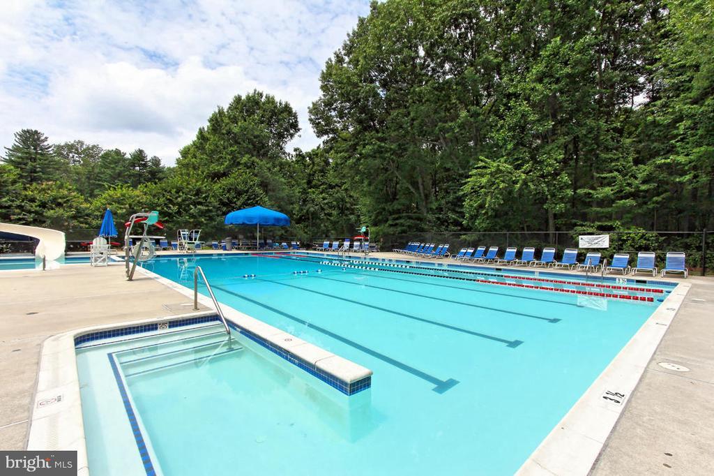 Nearby Community Pool - 1542 DEER POINT WAY, RESTON