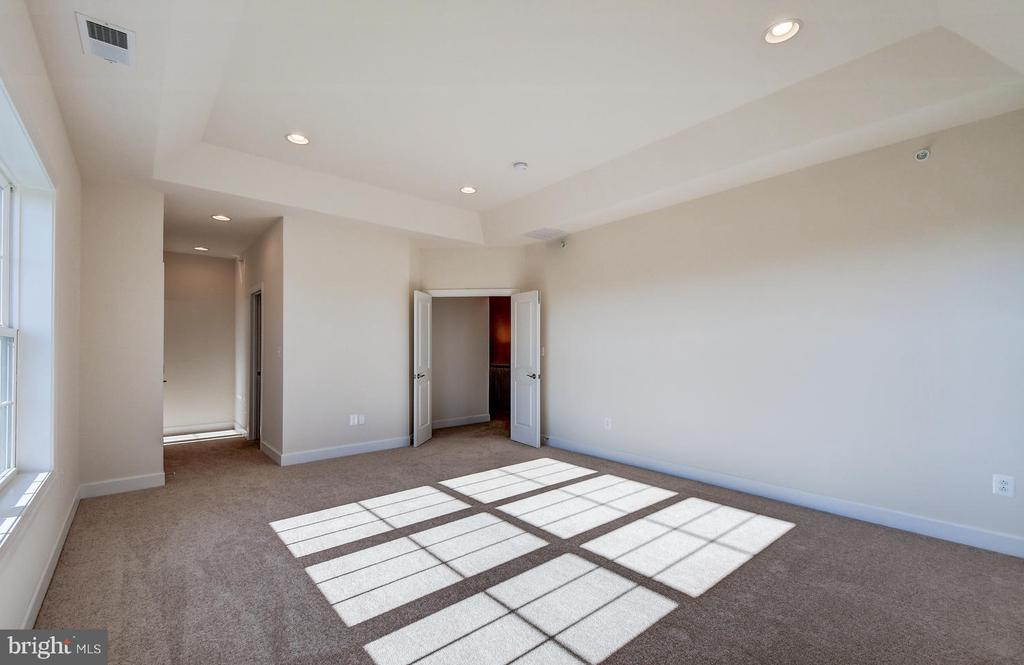 - 10908 WHITE TRILLIUM RD, PERRY HALL