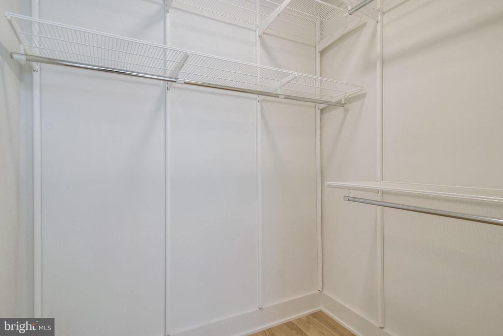 2nd bedroom closet - 521 N WASHINGTON ST #201, ALEXANDRIA
