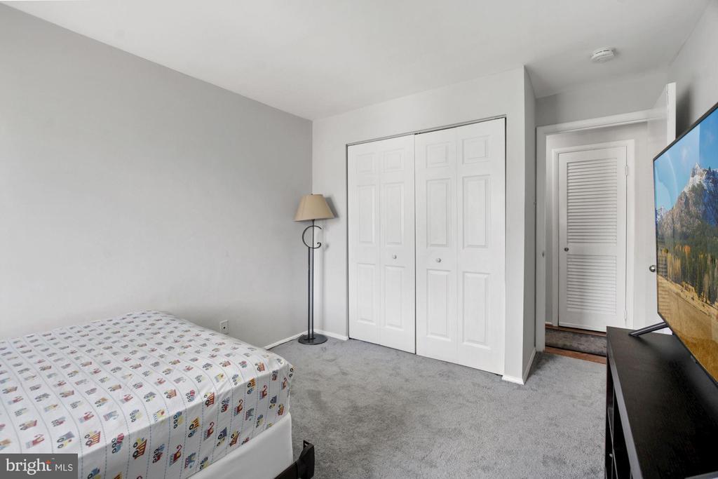 Bedroom #2 (2 of 2) - 10100 LITTLE POND PL #1, MONTGOMERY VILLAGE