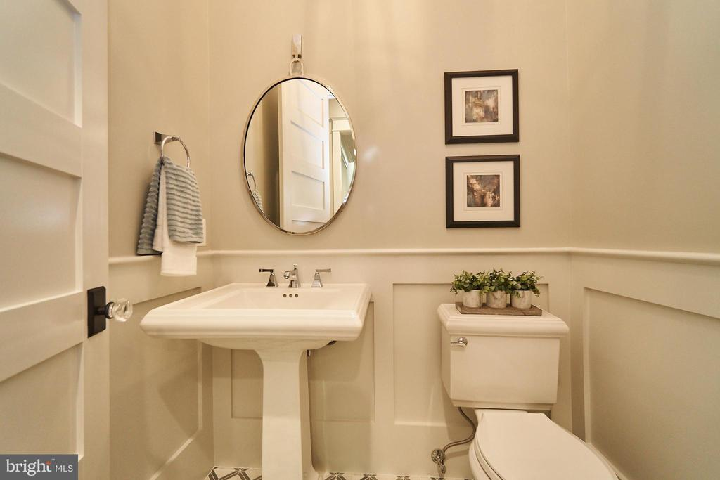 Powder Room - Same model, different location - 3526 N OHIO ST, ARLINGTON