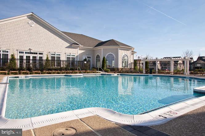 Outdoor Pool - Special Times for Your Grandkids! - 20505 LITTLE CREEK TER #203, ASHBURN
