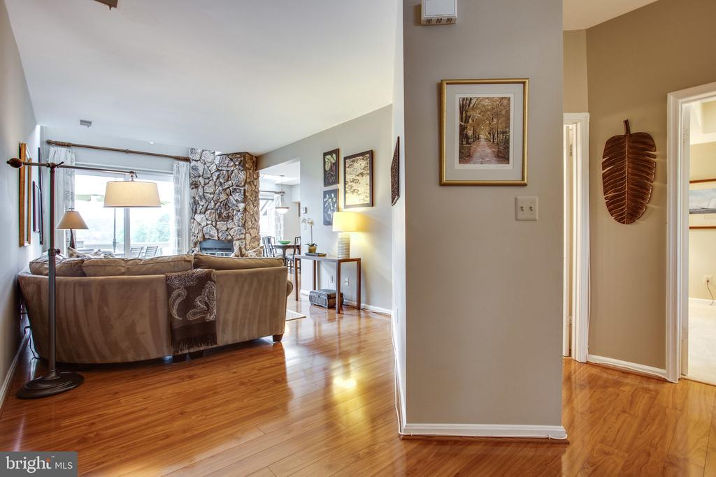Open Floor Plan - 11218 HARBOR CT, RESTON