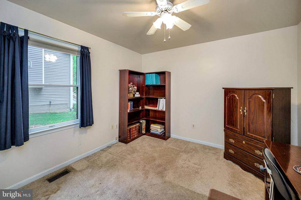 3rd Bedroom Den - 4617 LAKEVIEW PKWY, LOCUST GROVE