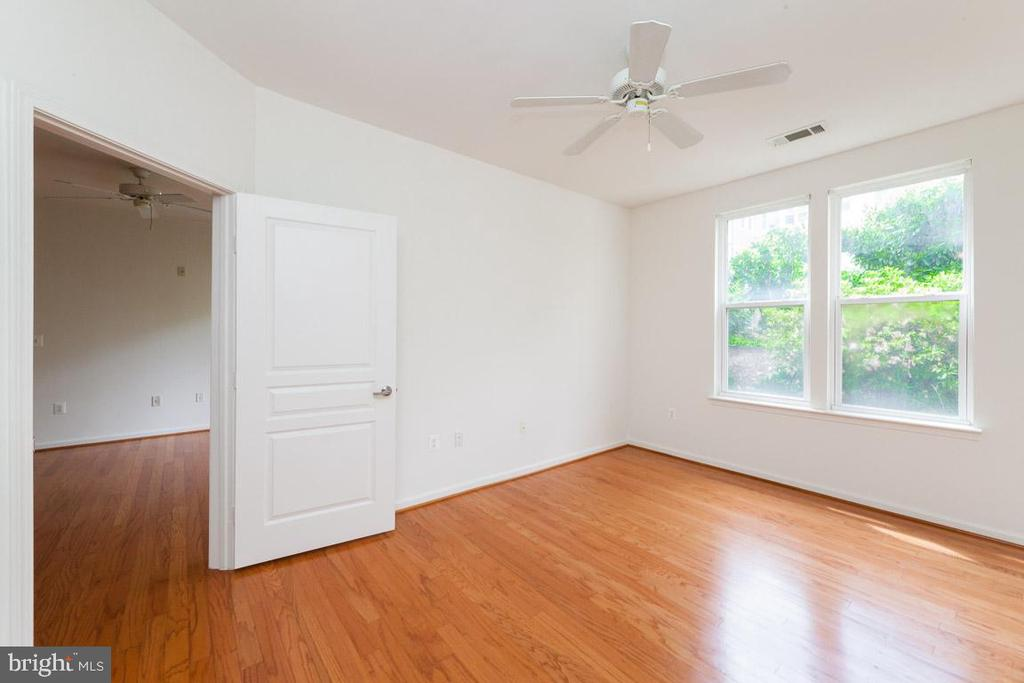 Master bedroom - 12001 MARKET ST #177, RESTON