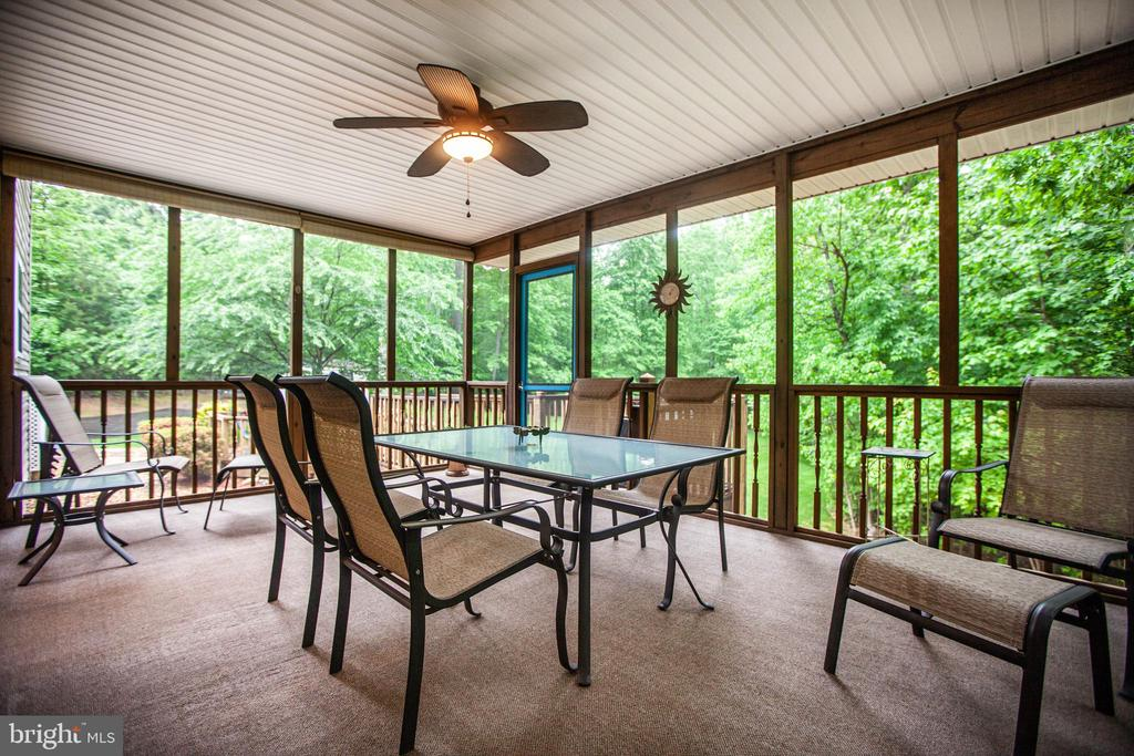 screened in porch - 8205 HOWARD TRL, FREDERICKSBURG