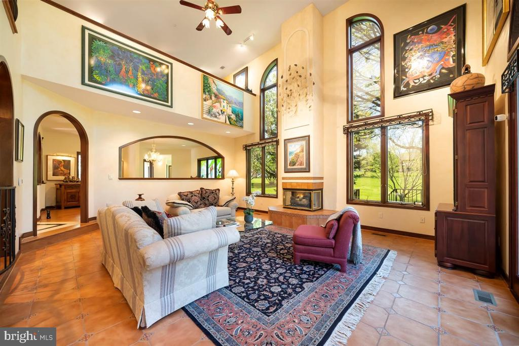 Open, light and inviting w/ gas fireplace. - 6072 WHITE FLINT DR, FREDERICK