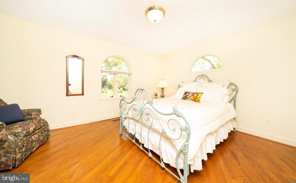 1st Floor Bedroom #5 with own exterior entrance. - 6072 WHITE FLINT DR, FREDERICK