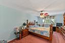 Master bedroom - 111 PEPPERIDGE PL, STERLING